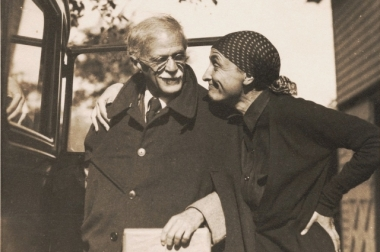 O'Keeffe and Steiglitz