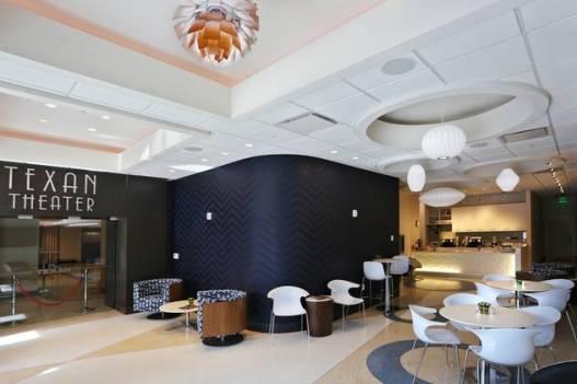 Texan - lobby and coffee shop
