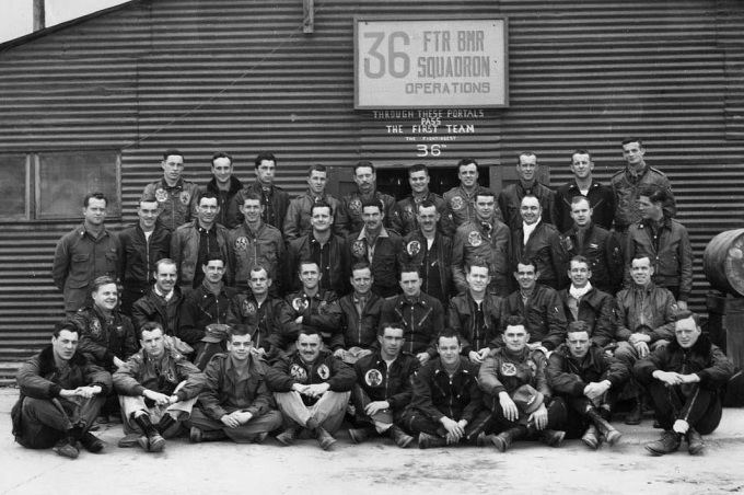 36th-fbs-pilots-april-1953